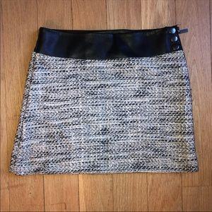 Tweed/leather skirt